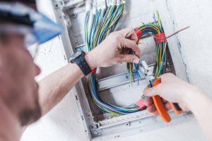 Montaje y mantenimiento de instalaciones eléctricas de baja tensión 2019