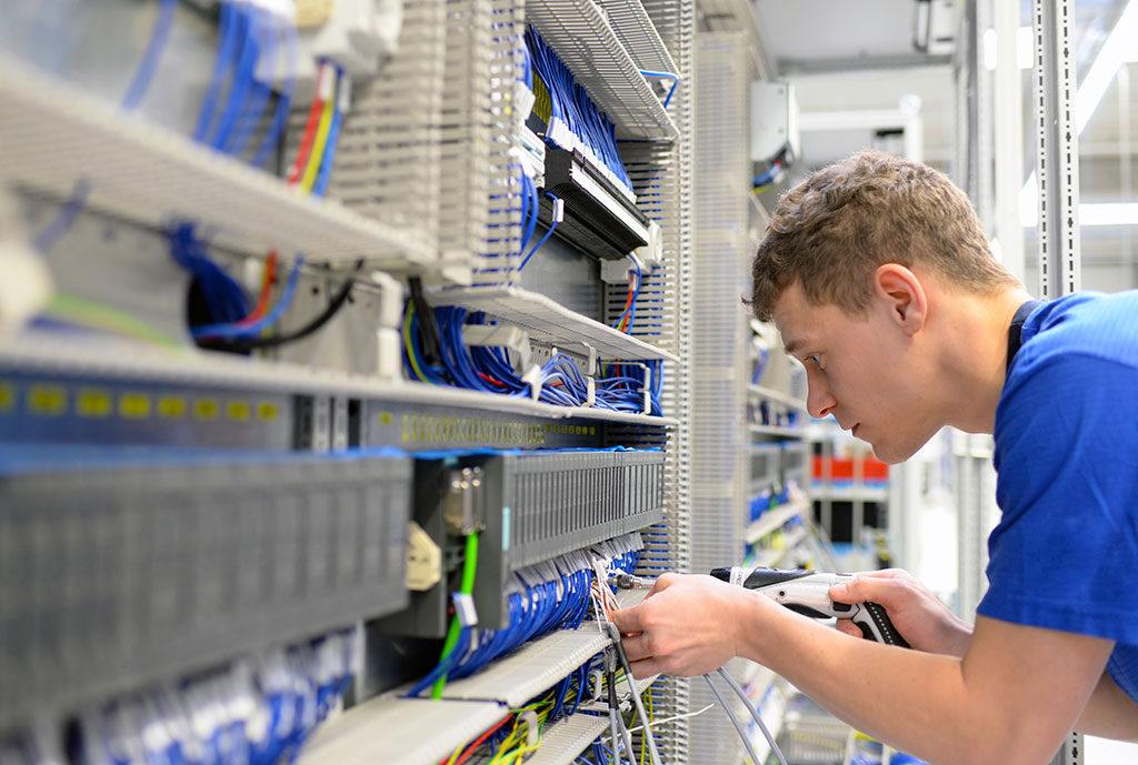 Operaciones auxiliares de montaje de instalaciones electrotécnicas en edificios